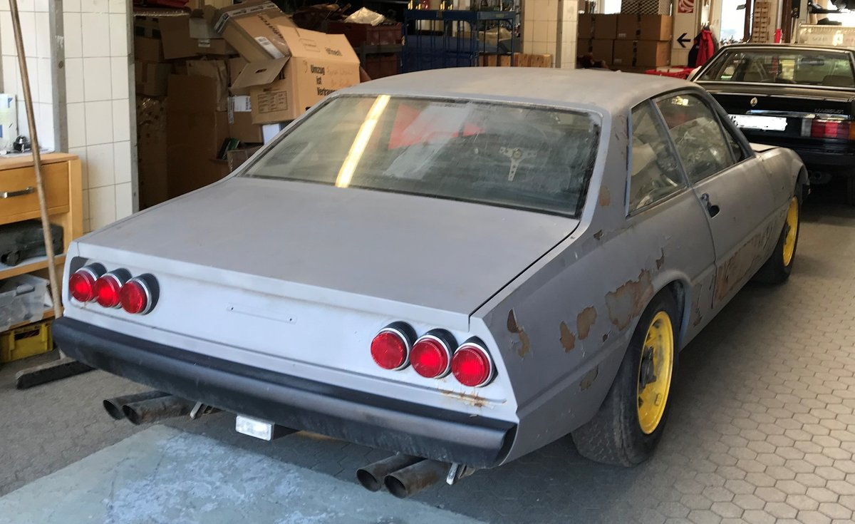 1975 Ferrari 365 GT4 2+2  PROJECT CAR For Sale (picture 1 of 4)