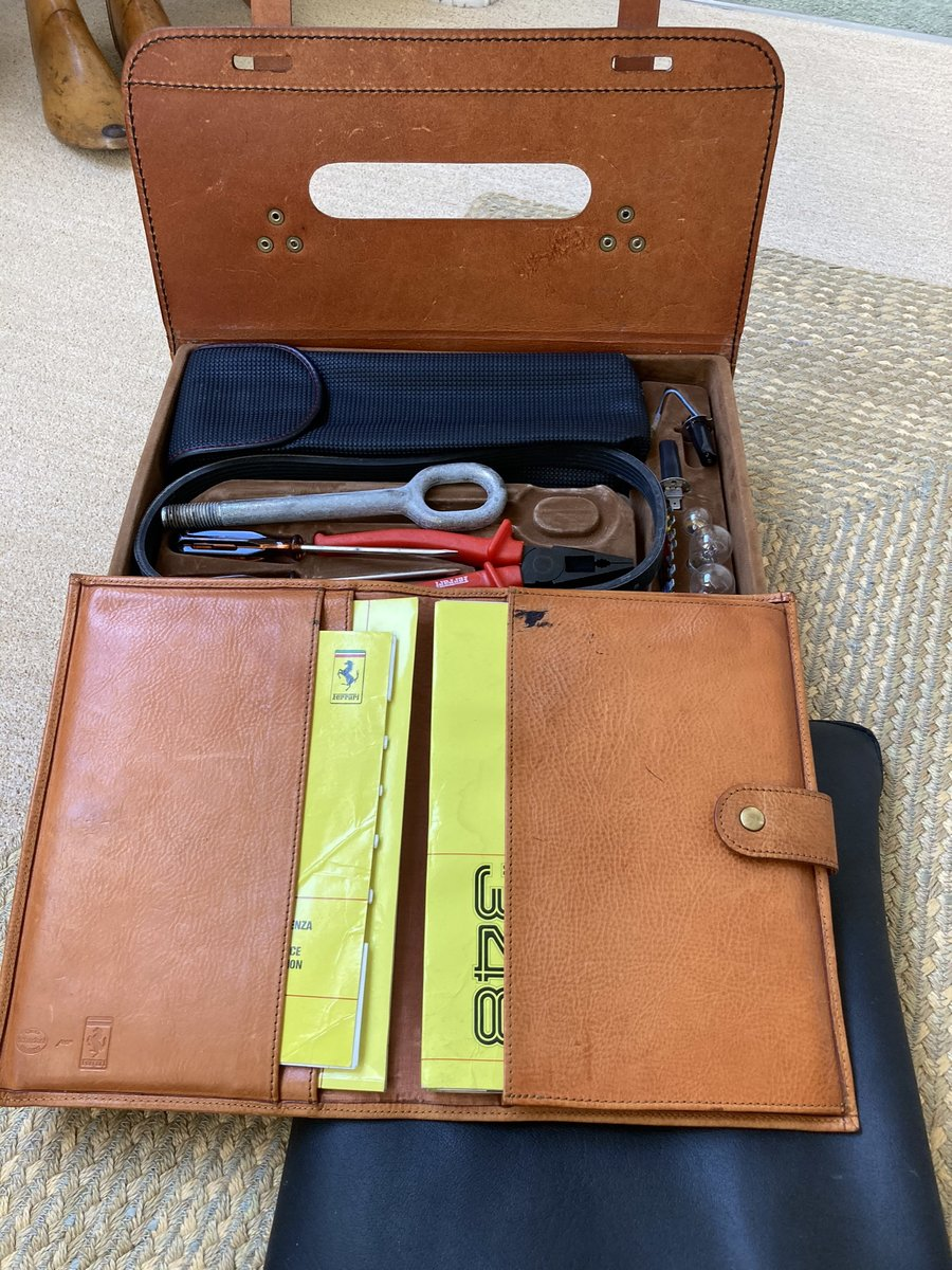 1992 Ferrari 348 ts leather tool kit and manuals For Sale (picture 3 of 3)