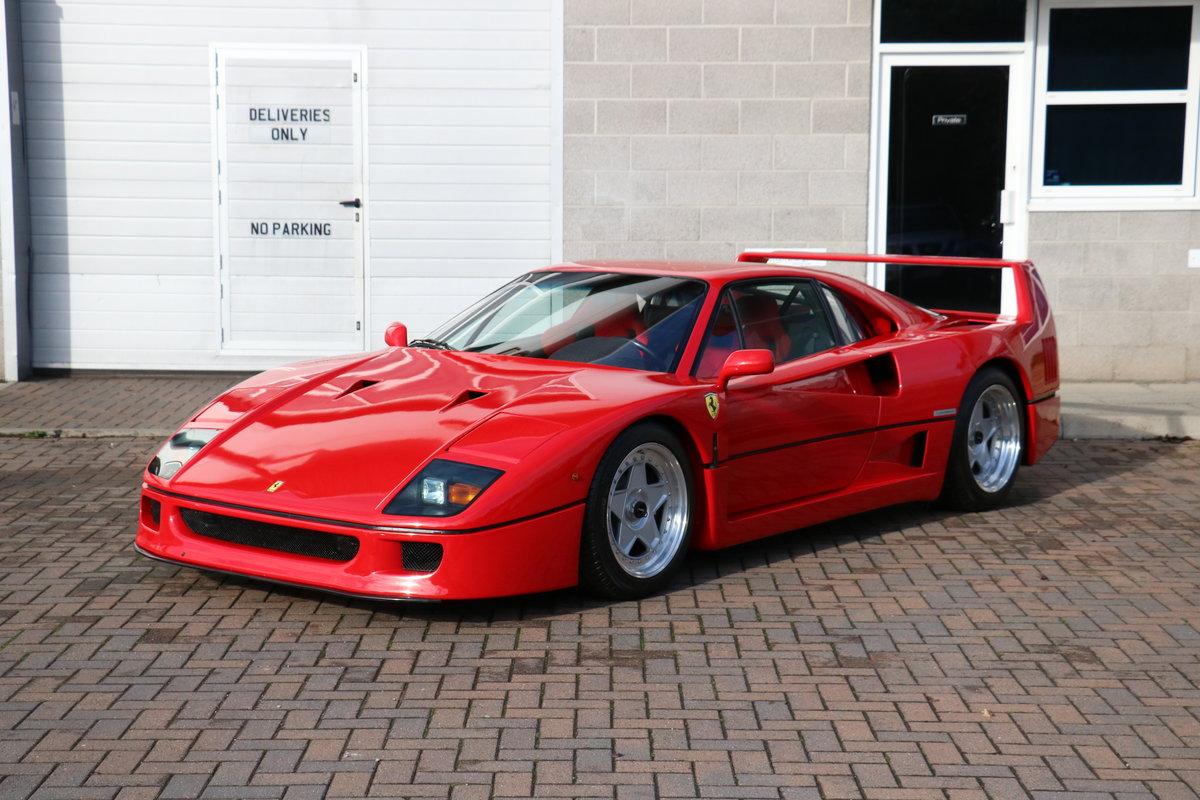 1990 Ferrari F40 - 5,750 Miles - Classiche Certified  For Sale (picture 2 of 6)