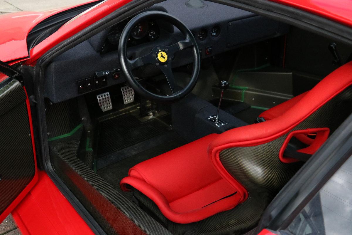 1990 Ferrari F40 - 5,750 Miles - Classiche Certified  For Sale (picture 4 of 6)