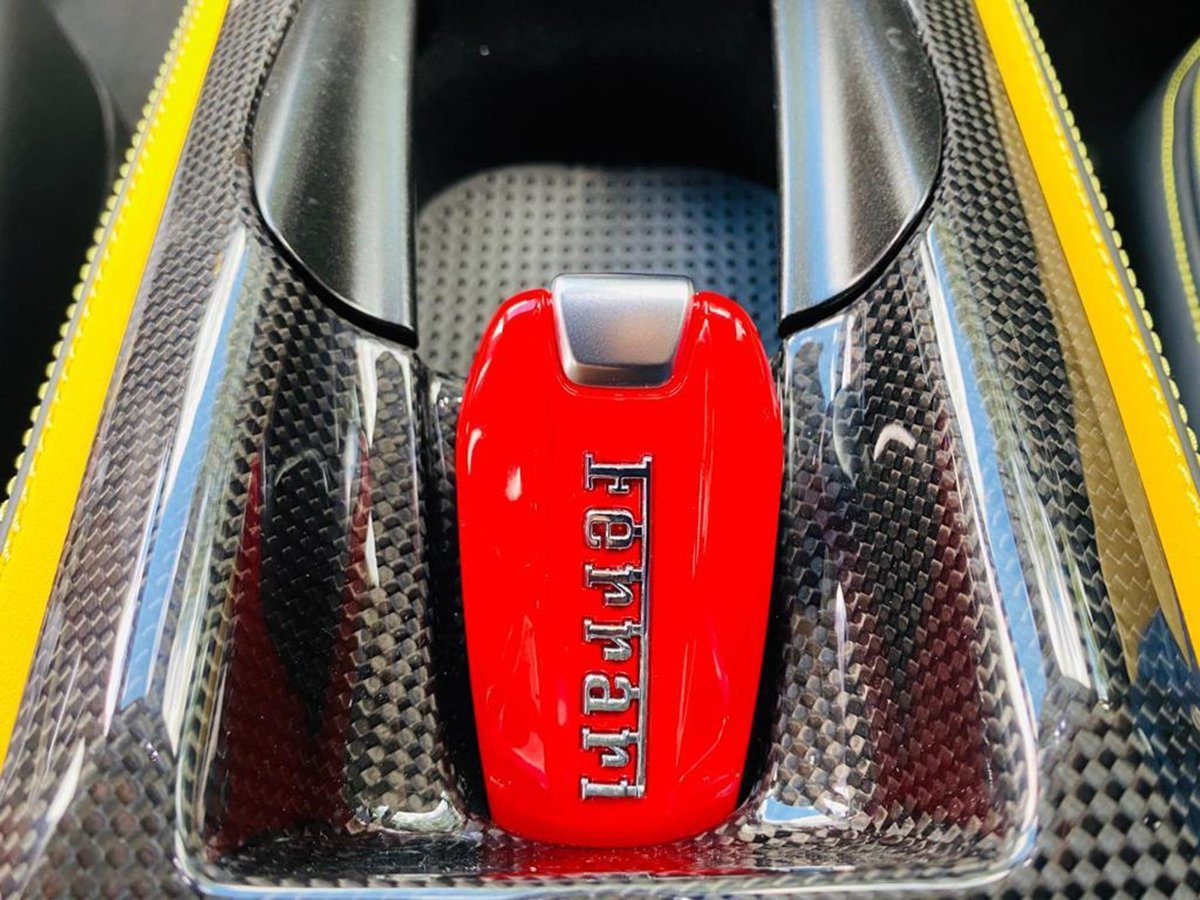 2020 Ferrari 812 SUPERFAST For Sale (picture 13 of 14)