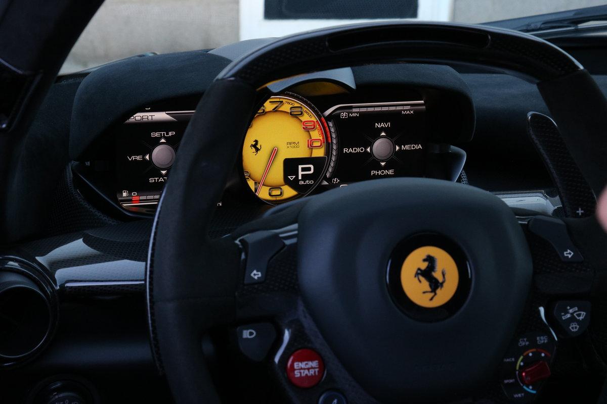 2015 Ferrari LaFerrari - Canna Di Fucile - Recently Serviced  For Sale (picture 7 of 12)