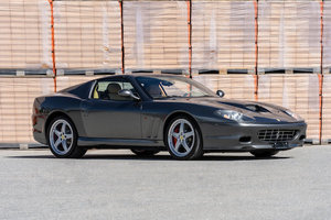 Picture of 2005 Ferrari 575 Superamerica Lot 140 For Sale by Auction