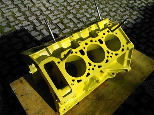 1974 ferrari dino 246 blok engine For Sale (picture 1 of 5)