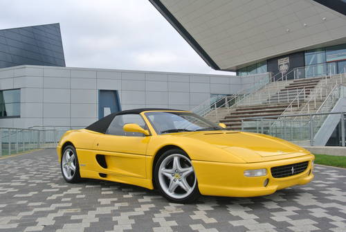 1995 F355 Spider, Manual 18,000 miles LHD For Sale (picture 1 of 6)