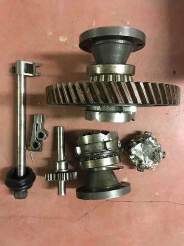 1973 ferrari dino 246 E gearbox parts For Sale (picture 3 of 4)