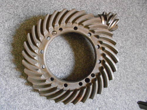 FERRARI 250 crown wheel and pinion For Sale (picture 1 of 4)