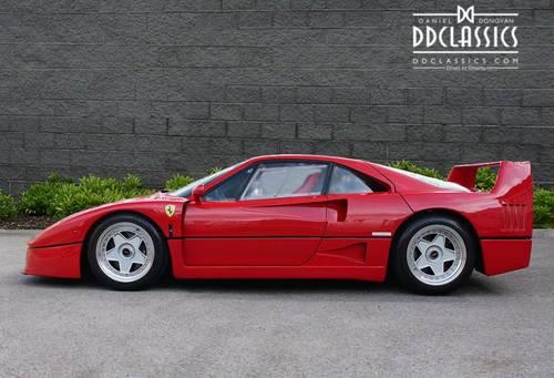 1989 Ferrari F40 Plexiglas, Non-Cat (LHD) for sale in London SOLD (picture 3 of 6)