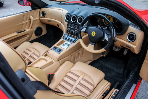 Ferrari 575M Superamerica 2006 F1 (RHD) SOLD (picture 4 of 6)