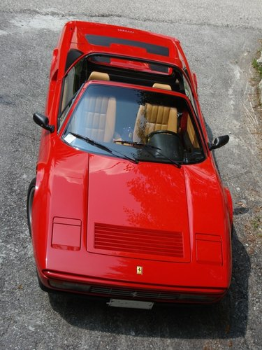 Ferrari 328 GTS Like new top condition original paint 1990 l For Sale (picture 1 of 4)