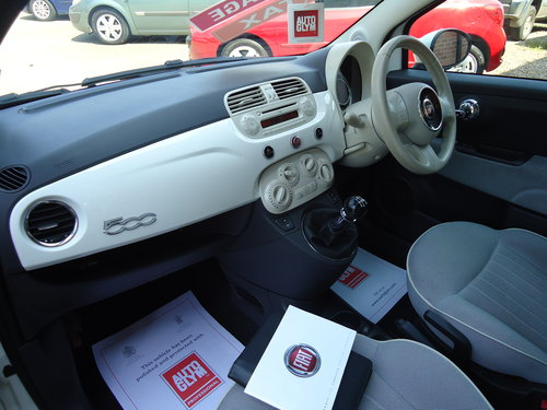 1212 WHITE FIAT 500 LOUNGE ONLY 19,023 MILES AIR CON / £30 R.F.L SOLD (picture 6 of 6)