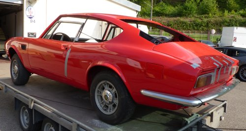 1970 Fiat Dino Coupé 2400 project-car, engine overhauled For Sale (picture 3 of 6)