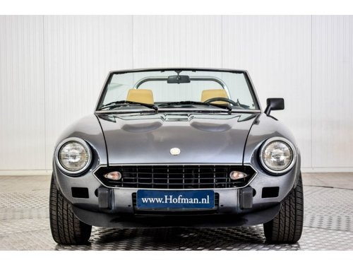 1979 Fiat 124 Spider 2000 For Sale (picture 3 of 6)