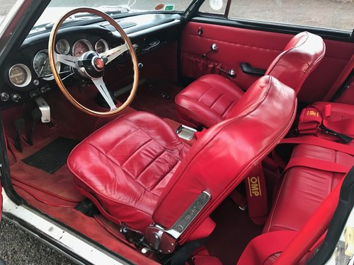 1965 Fiat 2300S Abarth Coupe Currently Stolen / Missing  (picture 4 of 6)