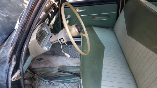 1957 Fiat 1100 - 1 owner - Parked in an Italian barn since 1965! For Sale (picture 4 of 5)