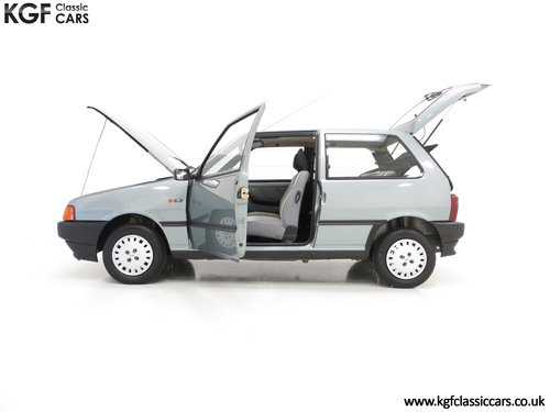 1992 A Fiat Uno 45 Fire with One Former Keeper and 21,981 Miles SOLD (picture 3 of 6)