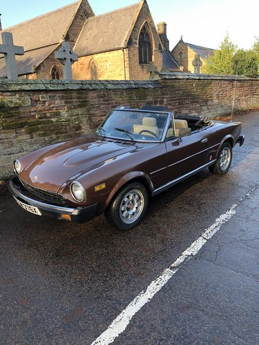 1982 Fiat 124 Spider 2000 For Sale (picture 1 of 6)
