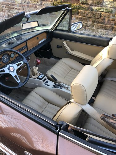 1982 Fiat 124 Spider 2000 For Sale (picture 5 of 6)