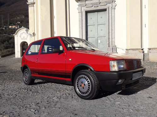 1986 As new fiat uno turbo ie mk1 For Sale (picture 1 of 6)