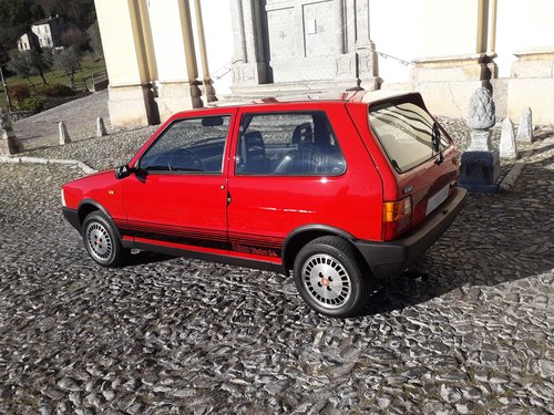 1986 As new fiat uno turbo ie mk1 For Sale (picture 2 of 6)