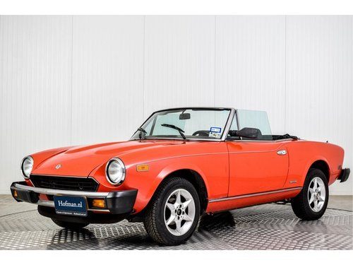 1985 Fiat 124 Pininfarina Spider Europe Azzurra For Sale (picture 1 of 6)