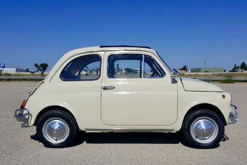 FIAT 500 L BEIGE/RED 1970     6950 euro. For Sale (picture 1 of 6)
