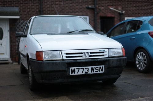 1995 Fiat Uno ie start  Classic with 9 MONTHS MOT For Sale (picture 1 of 6)