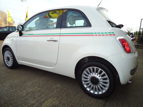 1212 WHITE FIAT 500 LOUNGE ONLY 19,023 MILES AIR CON / £30 R.F.L SOLD (picture 2 of 6)