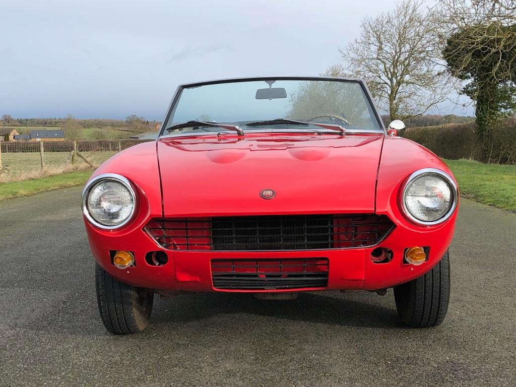 1978 Fiat 124 Sport Spider CS1 SOLD (picture 2 of 6)