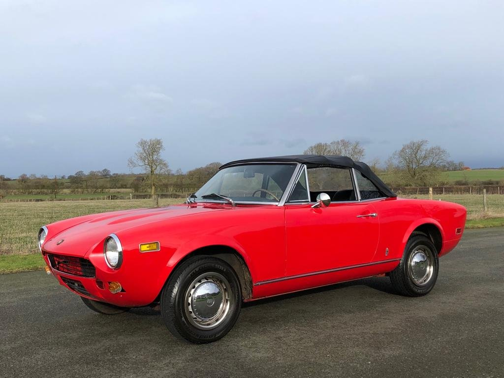 1978 Fiat 124 Sport Spider CS1 SOLD (picture 4 of 6)