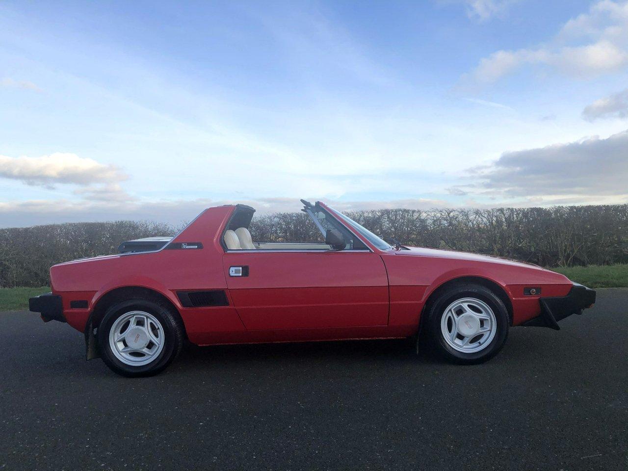 1981 Fiat X1/9 1500cc 5 Speed Targa SOLD (picture 4 of 6)