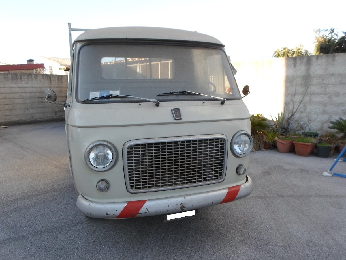 1968 Camioncino d'epoca Fiat 241 T primo benzina 1.4 cc SOLD (picture 6 of 6)