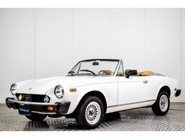 1979 Fiat 124 Spider 2000 For Sale (picture 1 of 6)