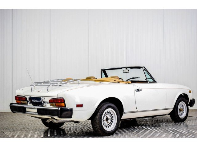1979 Fiat 124 Spider 2000 For Sale (picture 2 of 6)