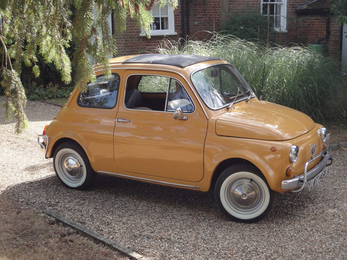 1972 Very Original Right hand drive Fiat 500 in Mustard Yellow For Sale (picture 2 of 5)