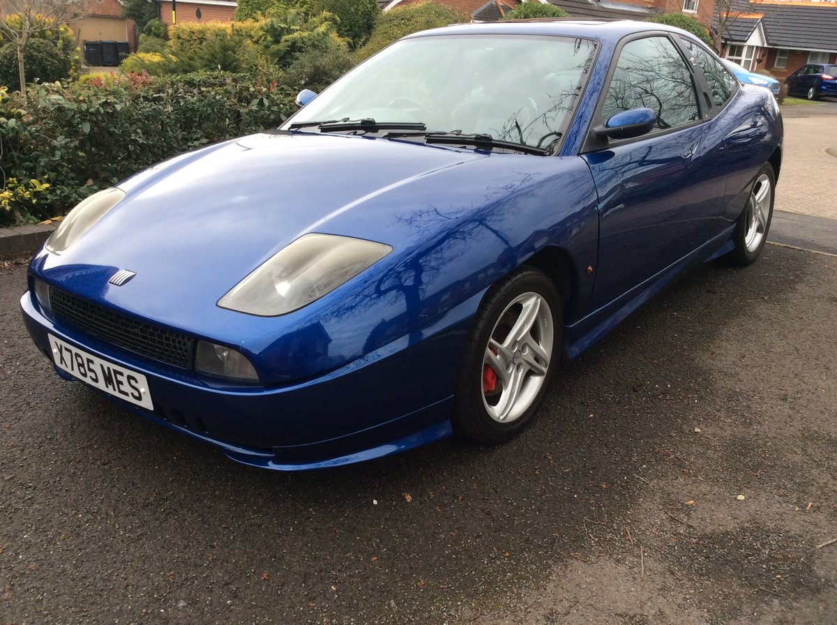 2000 Fiat Coupe Plus electric blue For Sale (picture 1 of 6)