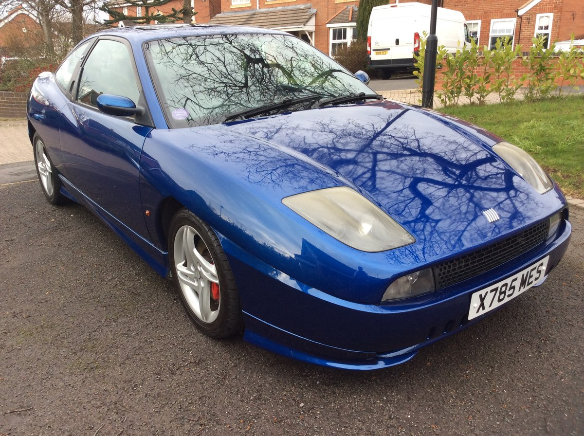 2000 Fiat Coupe Plus electric blue For Sale (picture 2 of 6)