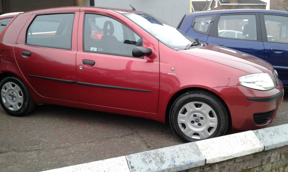 2004 FIAT PUNTO 5 DOOR  1.2  VGC For Sale (picture 2 of 3)