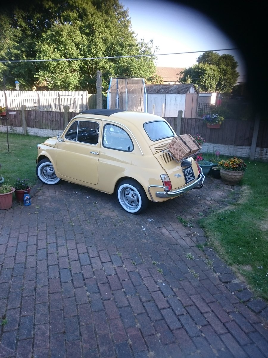 1972 Beautiful Fiat 500 Luuso formerly owned by celebri For Sale (picture 2 of 3)