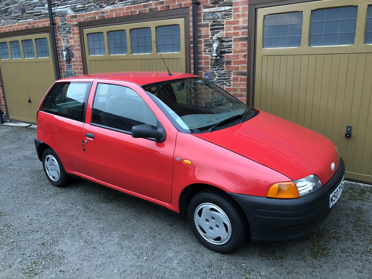 1994 Amazing Fiat Punto - Barn Find For Sale (picture 1 of 6)