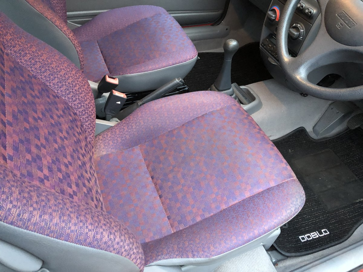 1994 Amazing Fiat Punto - Barn Find For Sale (picture 5 of 6)