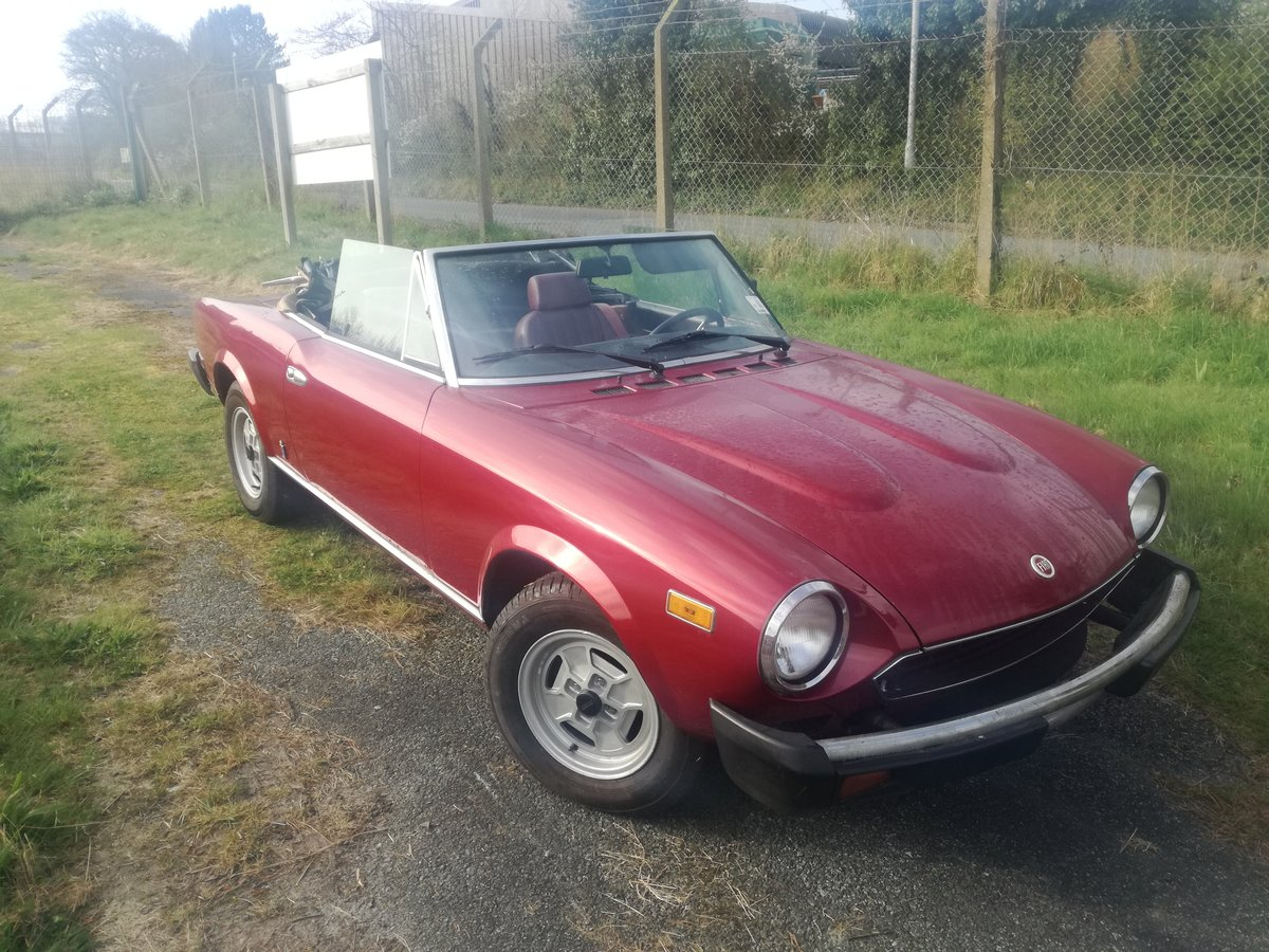 1981 Fiat 124 Spider IE For Sale (picture 3 of 6)