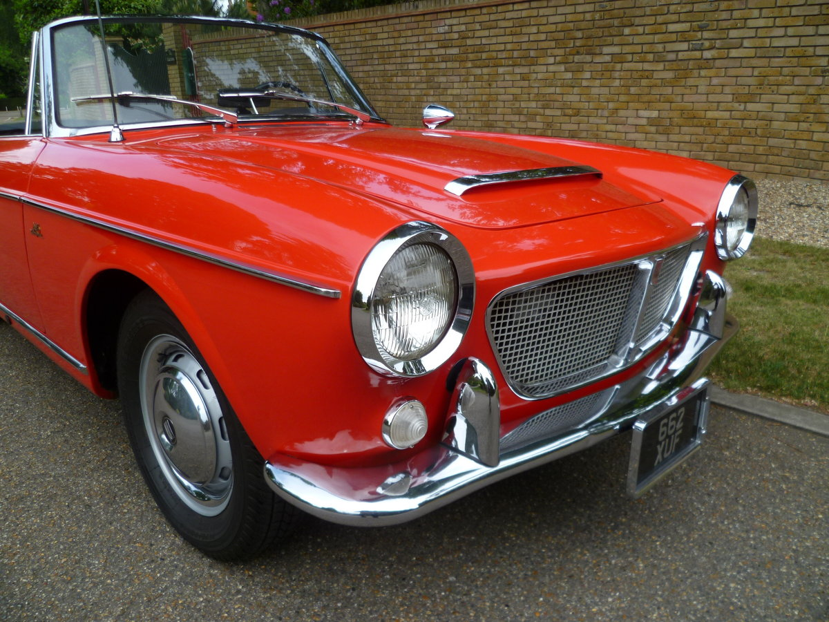 1962 FIAT 1200 CABRIOLET PININFARINA DESIGNED For Sale (picture 2 of 6)