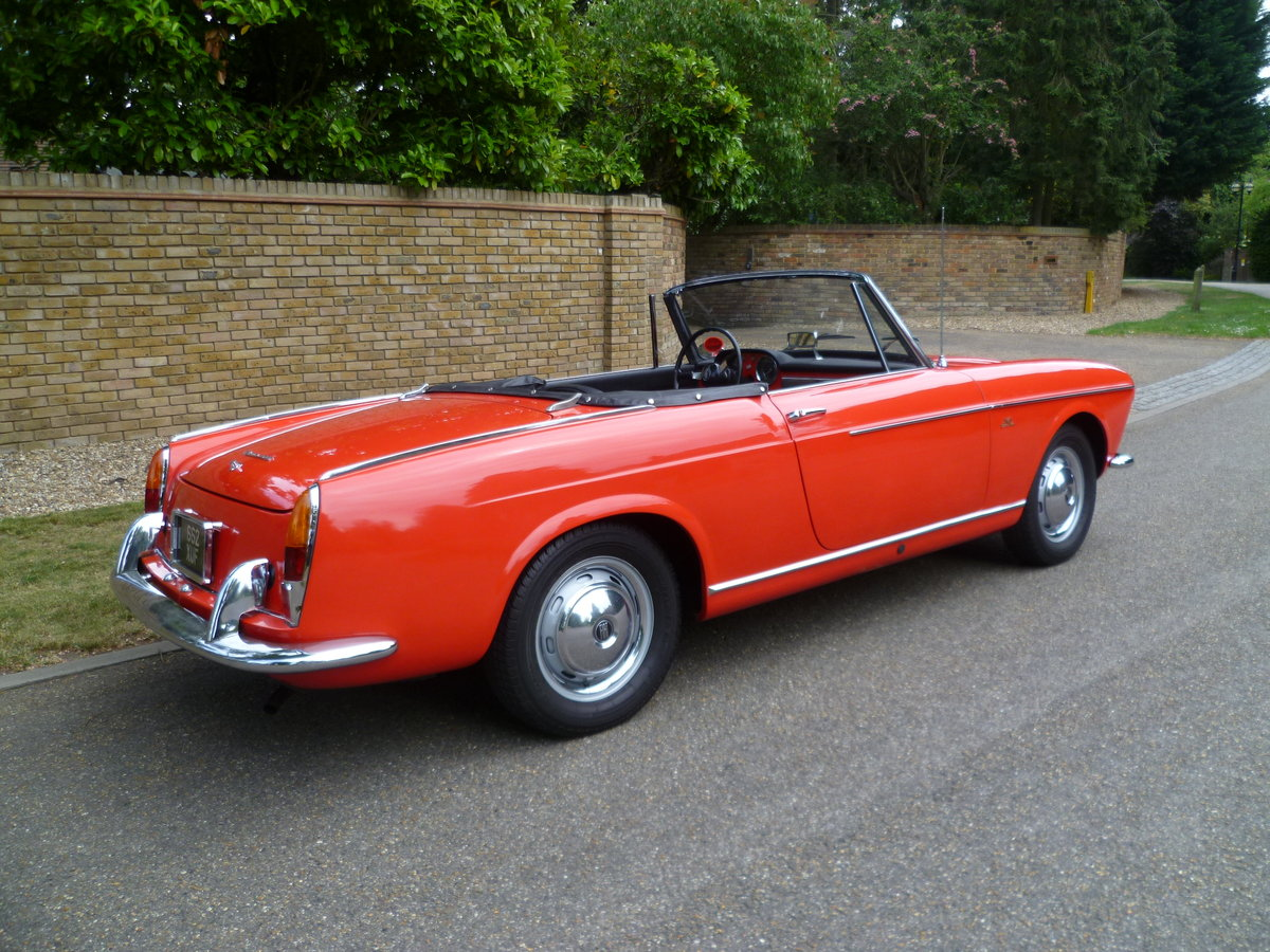 1962 FIAT 1200 CABRIOLET PININFARINA DESIGNED For Sale (picture 3 of 6)