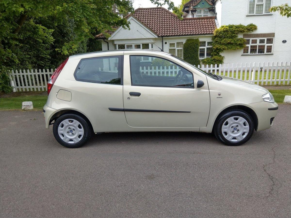 2005 Outstanding Original Fiat Punto Just 18,527 Miles SOLD (picture 3 of 6)