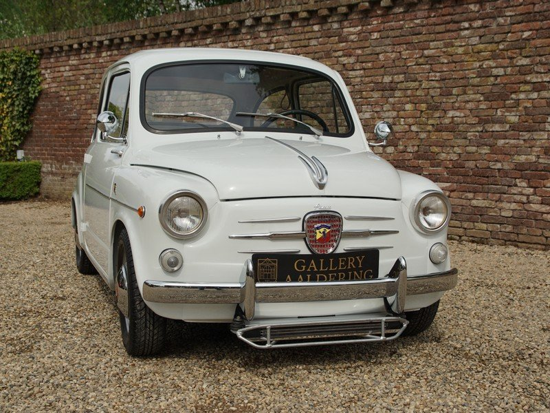 1962 Fiat Abarth 850 TC fully restored condition, well documented For Sale (picture 5 of 6)