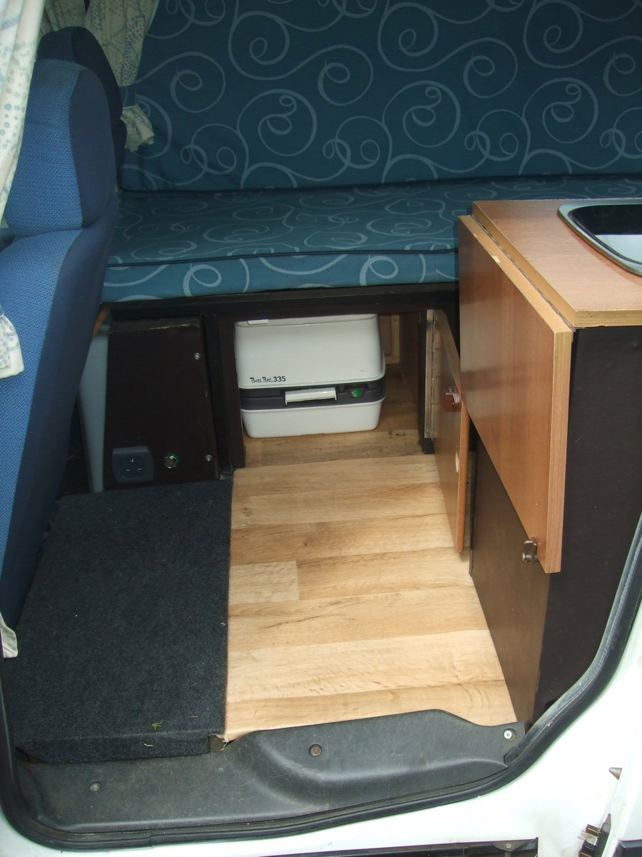 2005 2Fiat Doblo Tallboy Micro camper For Sale (picture 6 of 6)