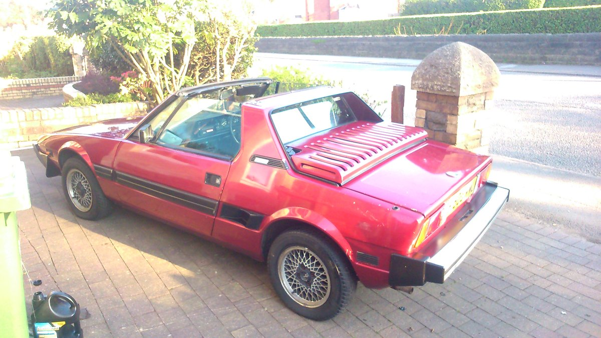 1988 Fiat X-19 SOLD (picture 1 of 6)