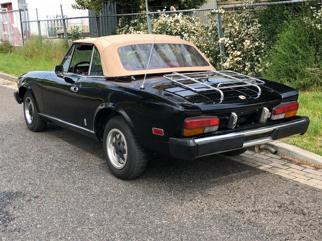 1981 Fiat 124 Spider Pininfarina 2000 For Sale (picture 6 of 6)