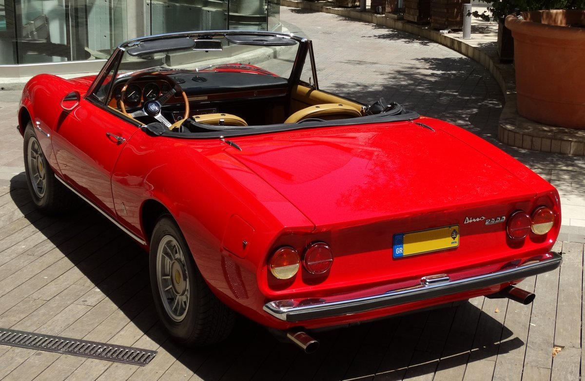 1972 Fiat Dino 2.4 Spider, fully restored, Ferrari overhaul For Sale (picture 3 of 6)